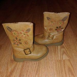 Cherokee size 6 girls boot